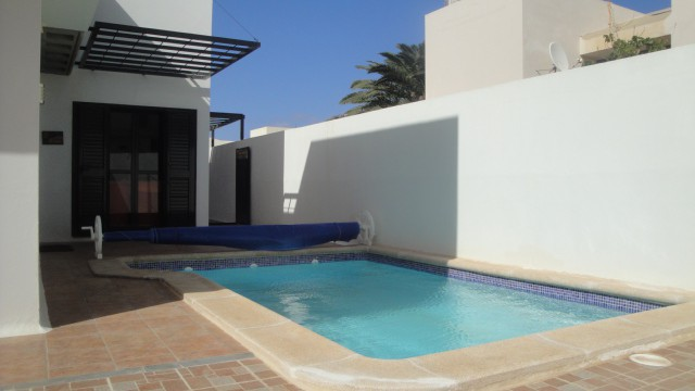 Townhouse with pool in Costa Teguise