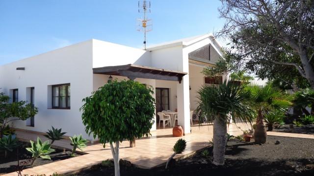 Preciosa villa en Costa Teguise