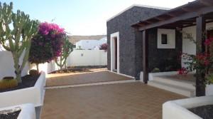z fachada house