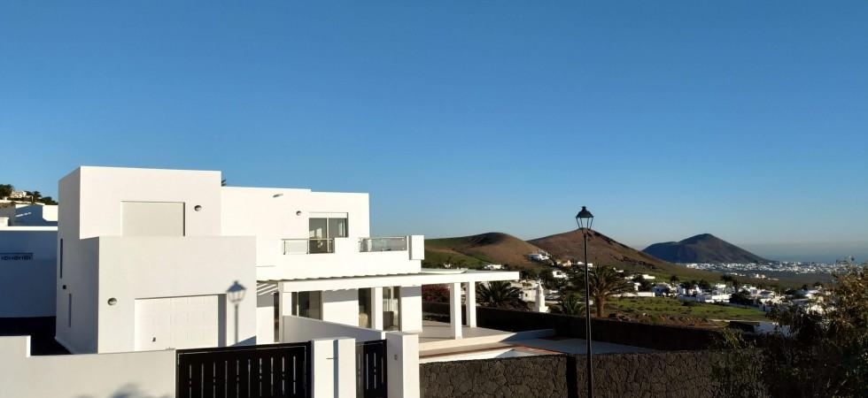 casa entrada con vistas