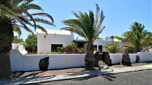 Villa in Costa Teguise