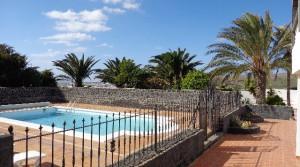 terrace abajo hacia piscina